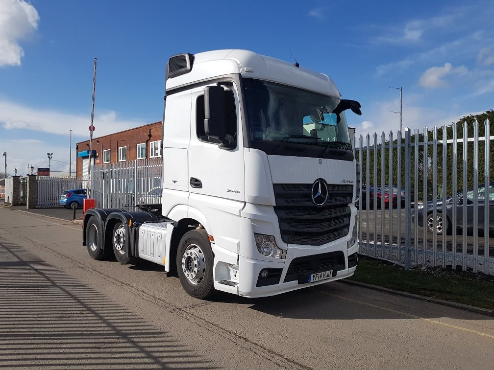 2014-mercedes-actros-2545-20180316_142300_resized-1