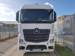 2014-mercedes-actros-2545-20180316_142343_resized-1