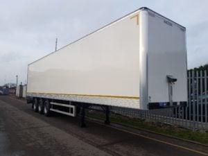New 2019 Montracon, 4.2m GRP box van. Barn doors, 2.73m internal height. BPW drum brakes, R/L valve. Full manufacturer's warranty applies.
