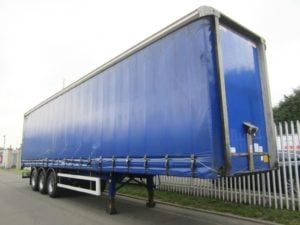 2009 Montracon 4.4m Curtainsider, 13.6m, Triaxle, 4.4m OAH, 2.9m Internal, Granning Axles, Drum Brakes, Wisadeck Floor