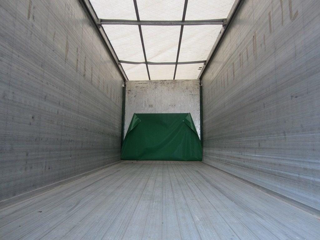 2012 Kraker Walking Floor, 122yd3, 10mm Floor, Triaxle, BPW Axles, Drum Brakes, Retractable tail-lift