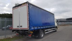 2013-daf-cf65-250-18t-space-cab-tail-lift-curtainsider-mx13-ewg-advertising-pics-3