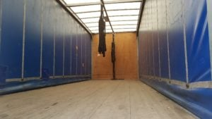 2013-daf-cf65-250-18t-space-cab-tail-lift-curtainsider-mx13-ewg-advertising-pics-5