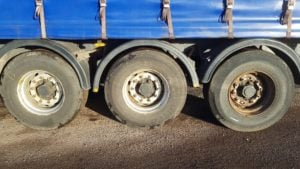 2005 SDC 13.6m Curtainsider Trailers. 4.4M High, pillarless bodies, ROR drum brake axles, raise lower valves, choice available.