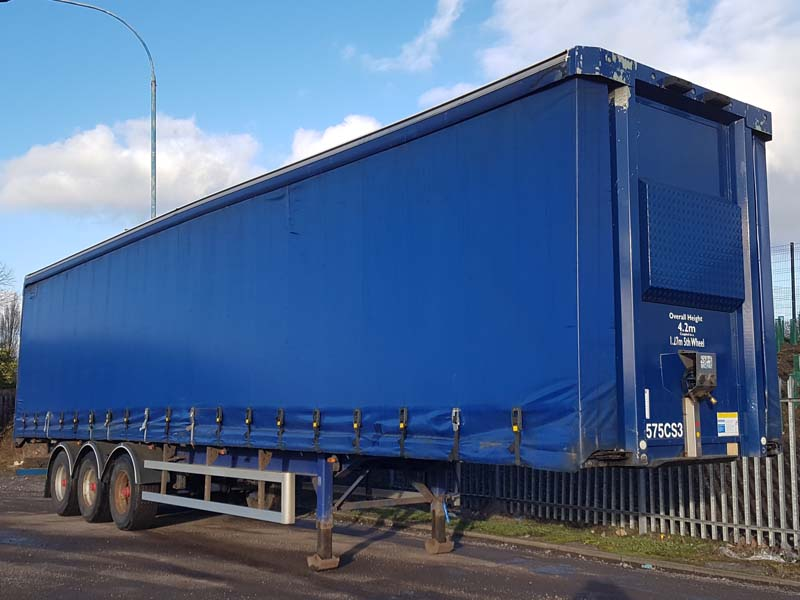 2006 SDC 13.6m Curtainsider for UK or Export. 4.2m, BPW drum brake axles, full steel construction, choice available.