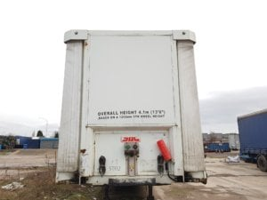 2006-sdc-4-05m-tail-lift-curtainsider-20190311_174313_resized