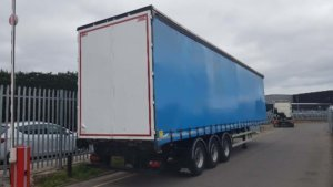 2016-sdc-4-51m-enxl-rated-sliding-roof-curtainsider-sold-20190322_151211_resized