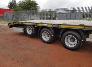 2018-montracon-tri-axle-low-loader-tractor-carrier-sold-img-20190311-wa0002