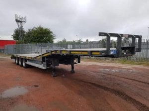 2018-montracon-tri-axle-low-loader-tractor-carrier-sold-img-20190311-wa0006