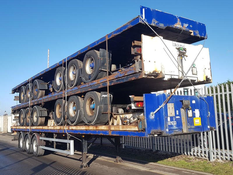 Stack of 5 BPW Drum trailers for export. Year 2004 to 2006, BPW drum brake axles, 13.6m length, all steel construction, welded, banded and delivered to the UK port.