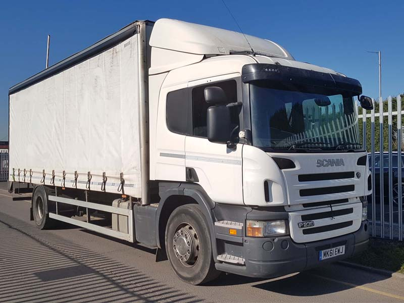 2011-scania-p230-rigid-curtainsider-sold-untitled-1-3