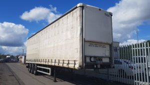 2014-lawrence-david-4-65m-enxl-rated-tuck-away-tail-lift-curtainsiders-sold-19