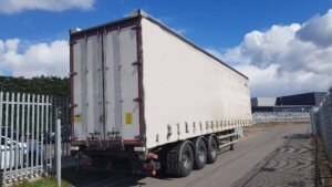 2014-lawrence-david-4-65m-enxl-rated-tuck-away-tail-lift-curtainsiders-sold-20190402_133649_resized-1