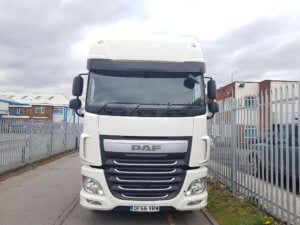 2016-66-daf-xf460-superspace-cab-20190405_135418_resized