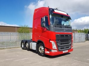 2016 Volvo Globetrotter FHGTXL 500. Euro 6, 500hp, auto box, mid lift, alloys, 4.1m wheelbase, fridge.