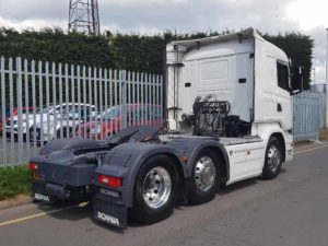 2016 (16) R580 V8 Scania with tipping equipment. Euro 6, 580 horse power, single sleeper R Cab, 2 pedal Opticruise gearbox, mid-lift, 291,430kms, alloys, Dual PTO tipping equipment, FORS camera system, cb radio and retarder.