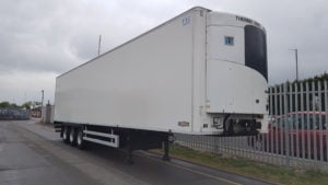 2016 Chereau. Single Temp Thermoking SLXE300 fridge, Barn Doors, 2.6m rear aperture, BPW drum brake axles.