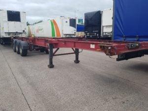2005 SDC 14 Lock Sliding Skeletal Trailer. ROR drum brake axles, front lift axle, MOT September 2019, straight from work. Priced at £2750 + VAT