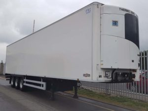 2016 Chereau. Single Temp Thermoking SLXE300 fridge, Barn Doors, 2.6m rear aperture, BPW drum brake axles.