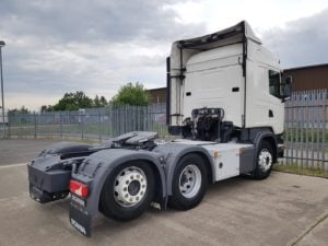 2015 (65) Scania R450 Highline Tag Scania. Euro 6, 450 hp, manual box, twin sleeper Highline cab, FORS camera system and top beacon light, 373,000kms, rear lift axle, chassis storage box.