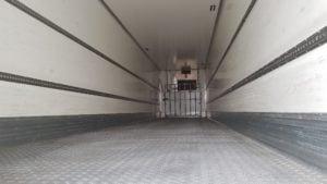 2015 Gray & Adams Fridge. Single Temperature Thermoking SLXe-300 fridge unit with 6715 hours, BPW drum brake axles, barn doors with 2.6m rear aperture, full set of alloy wheels, storage boxes, infilled side guard panels, radius front corners, aluminium floor.