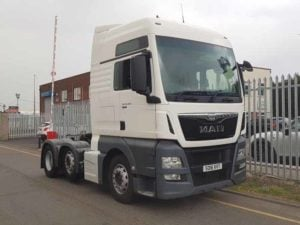 2016 MAN TGX 26.480 XXL Euro 6 Tractor unit. Auto box, Twin Bunk, Mid lift, Air Con, Fridge, Sliding Fifth Wheel, Choice Available.