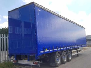 2012 Montracon 4.45m Curtainsider. 2.88m side aperture, New Ultramarine blue curtains, flush rear doors, sliding side posts, 26 internal straps, body, wheels and hubs recently painted, MOT March 2020.