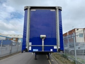 2014 Montracon. 4.2m External Height, 2.62m Internal Height, BPW Axles, Drum Brakes, Barn Doors, Wisa Deck Floor, 2 Posts, Supplied with Brand New Curtains, Full set of Internal Straps.