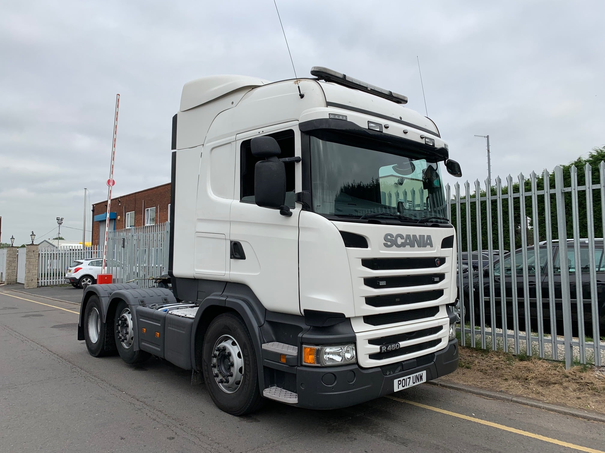 2017 Scania. Euro 6, 450bhp, Twin Sleeper Highline Cab, Opticruise Gearbox, FORs Camera System, Fridge, 07/20 MOT, Mid Lift Axle, Low KM's Choice Available.