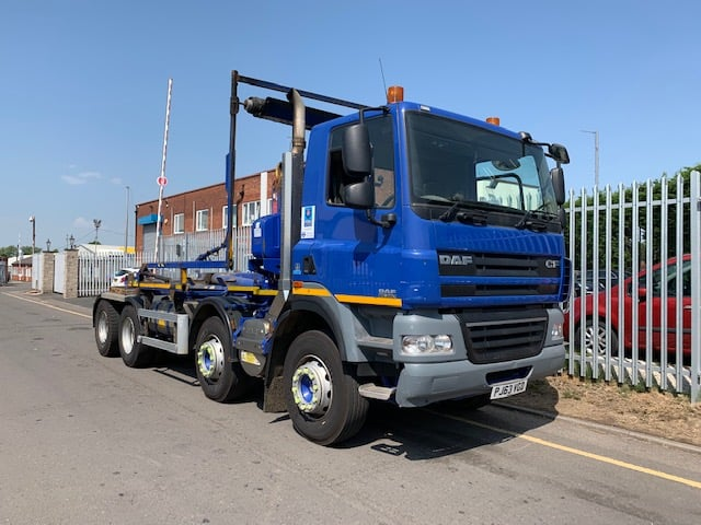 2013 Daf. 32 Tonne Hookloader, HIAB Hook Equipment, Euro 5, 360bhp, Day Cab, Automatic Gearbox, Full Camera System, Steering Wheel Controls.