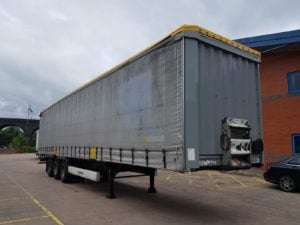 2012 Krone. 4m External Height, 2.6m Internal Height, BPW Axles, Drum Brakes, Flush Doors, Wisa Deck Floor, Hooker Pack, Lashing Rings.