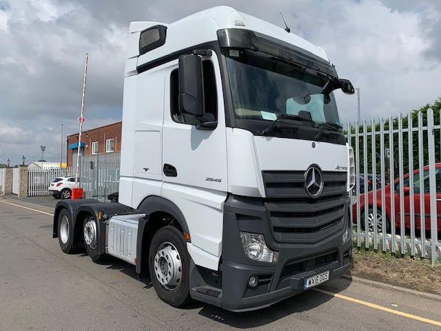 2016 (16) Mercedes. Euro 6, 450bhp, Streamspace Single Sleeper Cab, Automatic Gearbox, Choice available.