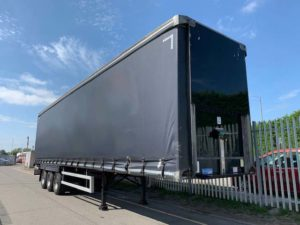 2016 Montracon. 4.5m External Height, 2.99m Internal Height, BPW Axles, Drum Brakes, Wisa Deck Floor, Barn Doors, Supplied with Brand New Curtains.