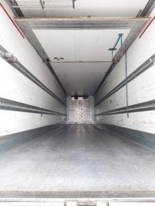 2014 Schmitz Dual Temp Fridge. 4.08m External Height, 2.59m Internal Height, SAF Axles, Drum Brakes, Barley Seed Floor, Barn Doors, Carrier Vector 1950 Mt Engine, Total Hours:17,238.