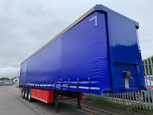 2011 SDC. 4.05m External Height, 2.51m Internal Height, SAF Axles, Drum Brakes, Keruing Floor, Flush Doors, 4 x Side Posts, Body & Wheels Painted in Ultramarine Blue, Supplied with Brand New ENXL Rated Curtains.