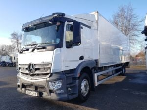 2015 (65) Mercedes Actros Rigid Boxvan. 18 Tonne, Euro 6, Automatic Gearbox, Sleeper Cab, Anteo Tuckaway Tailift (1500KG Capacity), 30FT Body, Warranty Available.