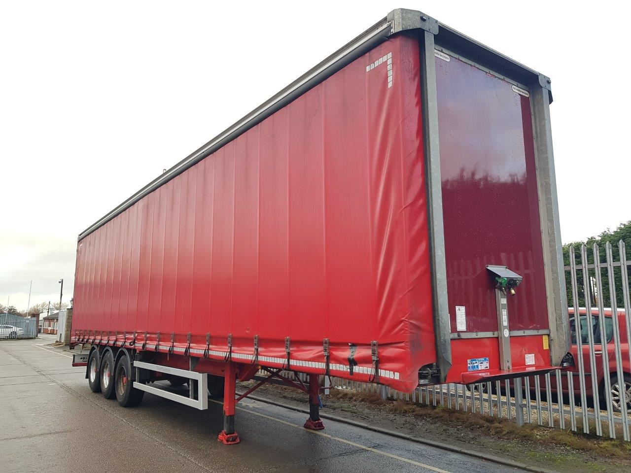 2015 Montracon 4.47M Curtainsiders. BPW drum brake axles, 2.96m side aperture, 2 sliding side posts per side, Internal straps, Wiza trans floor, raise lower valve, choice of 4.