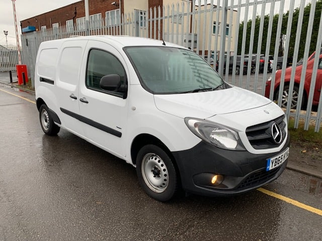 2015 (65) Mercedes Citan 1.5CDi Extra Long 109 Traffic Management Spec. Manual Gearbox, 71,890 Miles, Reverse Camera, AM/FM Stereo, CD Player, Navigation System, Cruise Control, Power-assisted Steering (PAS), Anti-Lock Brakes (ABS), Drivers Airbag, Electronic Stability Program (ESP), Immobiliser, Xenon Headlights, First Registration: 24/11/2015.