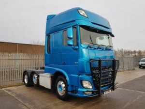 2017 Daf XF. Euro 6, 510bhp, Twin Sleeper Superspace Cab, AS Tronic Automatic Gearbox, 3.95m Wheelbase, Mid-Lift Axle, Steering Wheel Controls, Refurbished in Blue, Trux Bar, Alloy Wheels, Xtra Comfort Mattress, Warranty & Finance Options Available also.