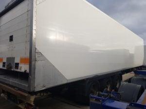 2006 Krone Single Temp Fridge. Carrier Vector 1800 Mt Engine, 4.11m External Height, BPW Axles, Disc Brakes, Chequer Plate Floor, Roller Shutter Door.