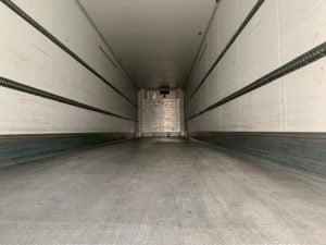 2013 Schmitz Fridge Trailer. Thermoking SLX Engine, 2.59m Internal Height, SAF Axles, Drum Brakes, Aluminium Floor, Barn Doors, 2 x Load Lock Rails, Raise Lower Valve Facility.