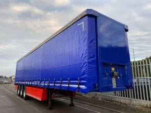 2011 SDC Curtainsider. 4m External Height, 2.51m Internal Height, SAF Axles, Drum Brakes, Keruing Floor, Flush Doors, 4 x Side Posts, Raise Lower Valve Facility, Supplied with a Fresh Body & Wheel Paint and a Brand New set of ENXL Rated Curtains.