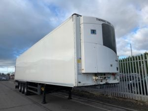 2015 Schmitz Dual Temp Fridge Trailer. Thermoking SLXe Spectrum Engine, 2.59m Internal Height, SAF Axles, Drum Brakes, Aluminium Floor, Barn Doors, 2 x Load Lock Rails, Raise Lower Valve Facility.