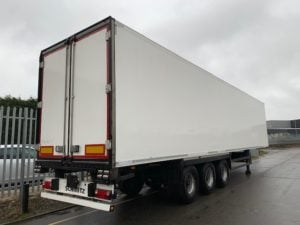 2014 Schmitz Dual Temp Fridge Trailer. Carrier Vector 1950Mt, 2.59m Internal Height, SAF Axles, Drum Brakes, Aluminium Floor, Barn Doors, Load Lock Rails, Raise Lower Valve Facility.