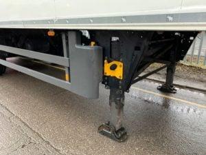 2014 Schmitz Dual Temp Fridge Trailer. Carrier Vector 1950Mt, 2.59m Internal Height, SAF Axles, Drum Brakes, Aluminium Floor, Barn Doors, Load Lock Rails, Raise Lower Valve Facility.