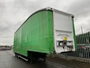 2013 Donbur Stepframe Curtainsider. 4.84m External Height, BPW Axles, Drum Brakes, Block Floor, Roller Sgutter Door, 17.5 Inch Wheels, 4 x Fixed Posts, Hydraulic Lifting Deck, ENXL Rated.