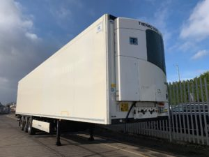 2016 Krone Dual Temp Fridge. Thermoking SLXe Spectrum Engine, BPW Axles, Drum Brakes, Aluminium Floor, Barn Doors, 2 x Load Lock Rails, Raise Lower Valve Facility.