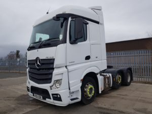 2015 Mercedes Actros 2545, Euro 6, 450bhp, Streamspace Single Sleeper Cab, Automatic Gearbox, Steering Wheel Controls, Mid-Lift Axle, Fridge, Choice & Warranty Available.