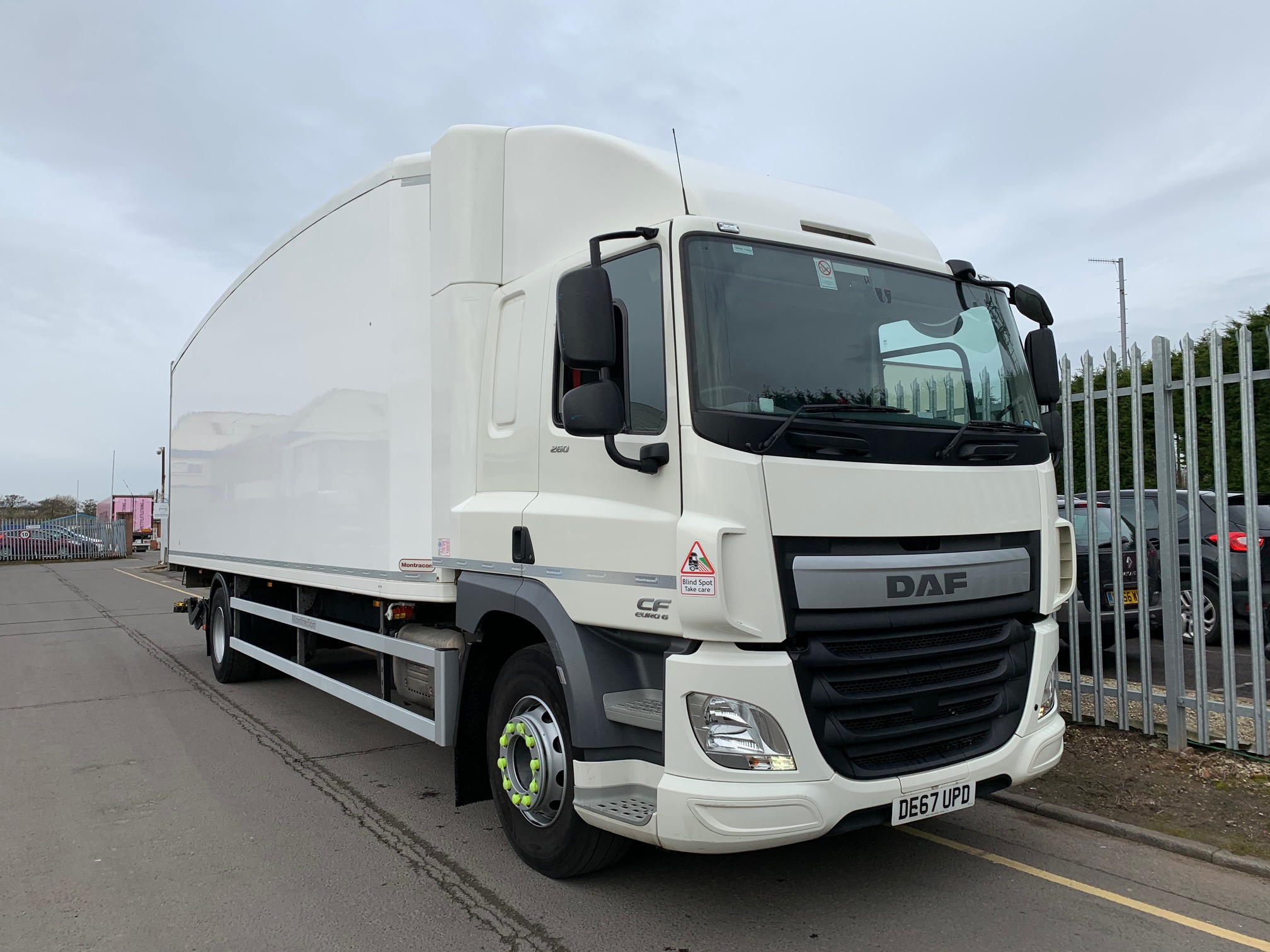 2017 (67) DAF CF Fridge Tailift. 18 Tonne, Carrier Engine, Dhollandia Tuckunder Tailift (1500KG Capacity), Single Sleeper Cab, Euro 6, AS Tronic Automatic Gearbox, 260bhp, Low Mileage, Choice & Warranty Available.