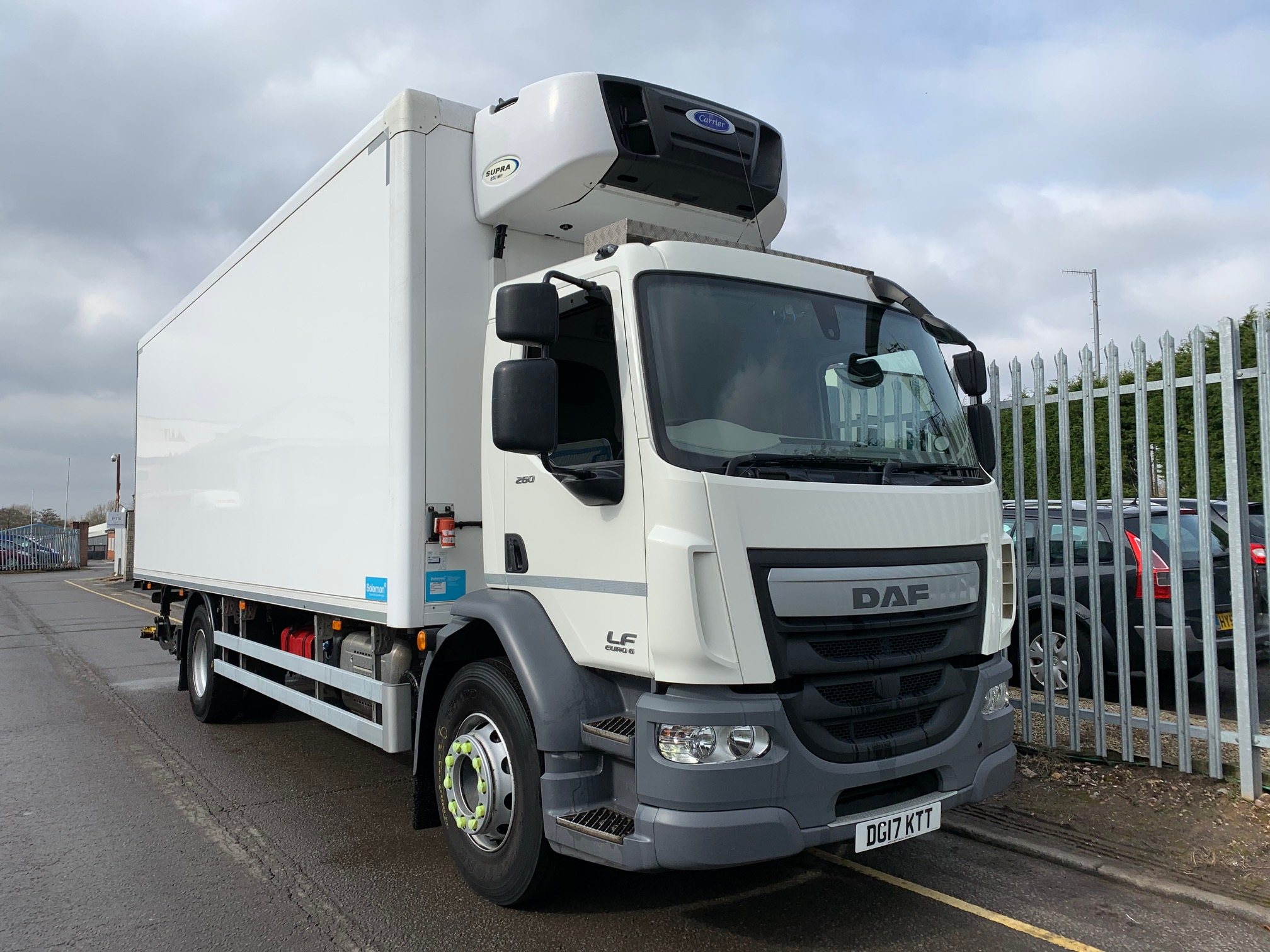2017 Daf LF Fridge Tailift. 18 Tonne, Carrier Supra 850Mt Engine, Dhollandia Tuckunder Tailift (1500KG Capacity), Day Cab, Euro 6, AS Tronic Automatic Gearbox, 260bhp, Choice & Warranty Available.